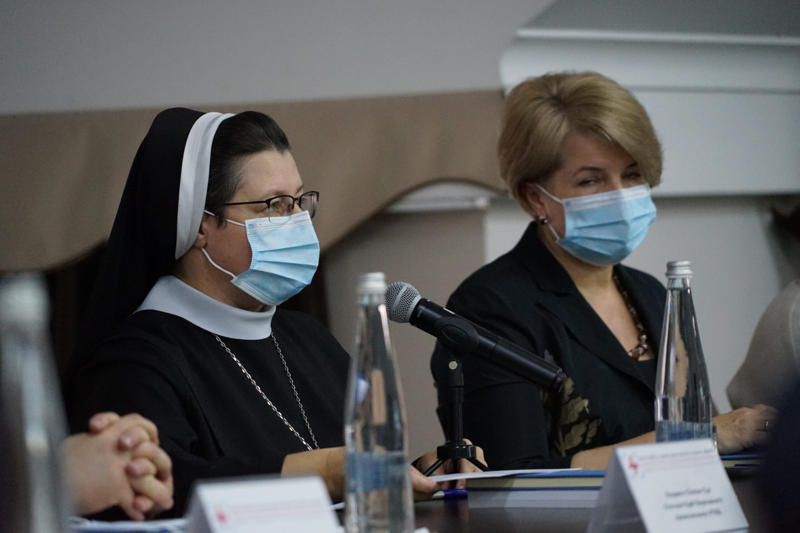 Перспективи розвитку медичного капеланства в Україні обговорили під час круглого столу у Львові_2