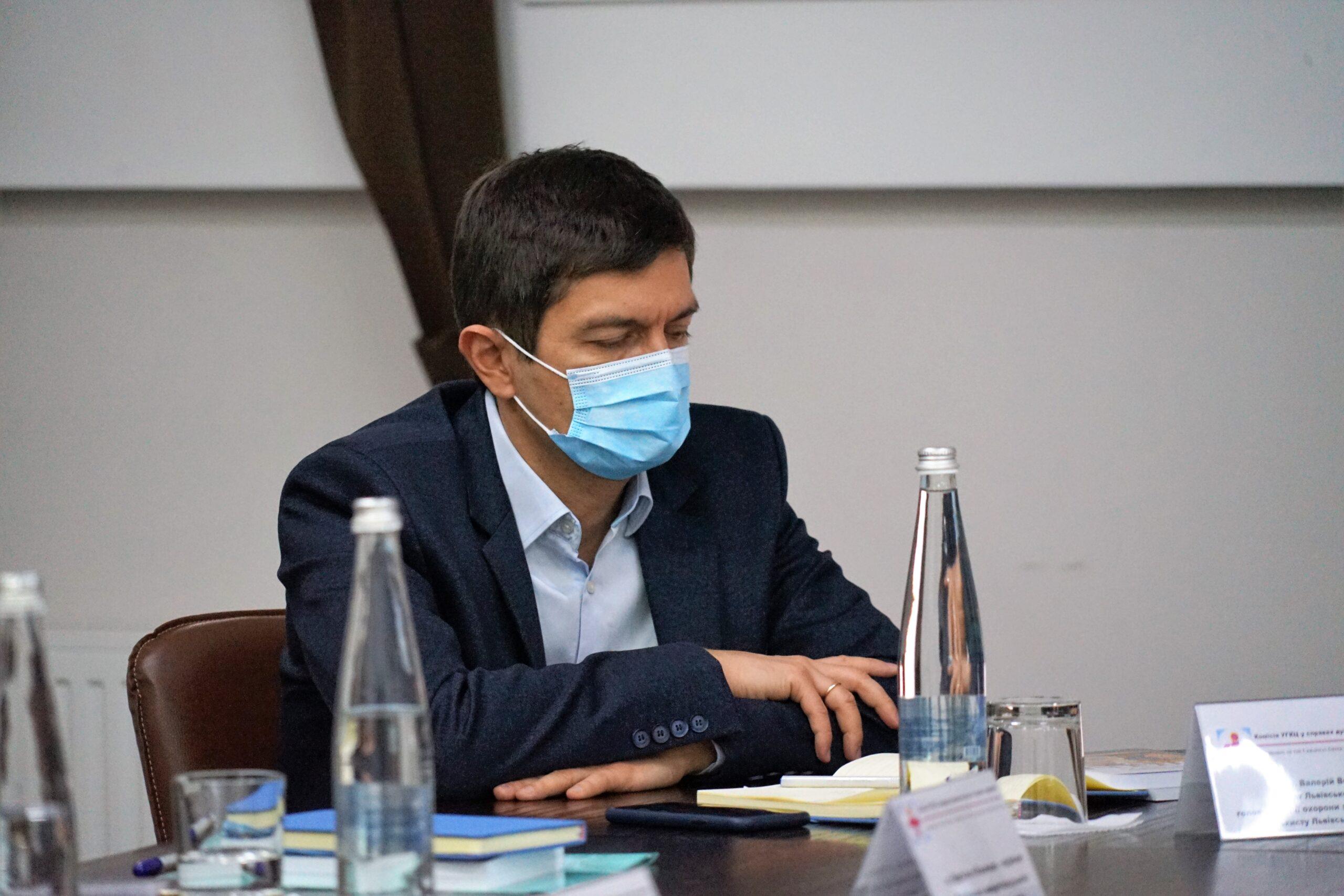 Перспективи розвитку медичного капеланства в Україні обговорили під час круглого столу у Львові_7