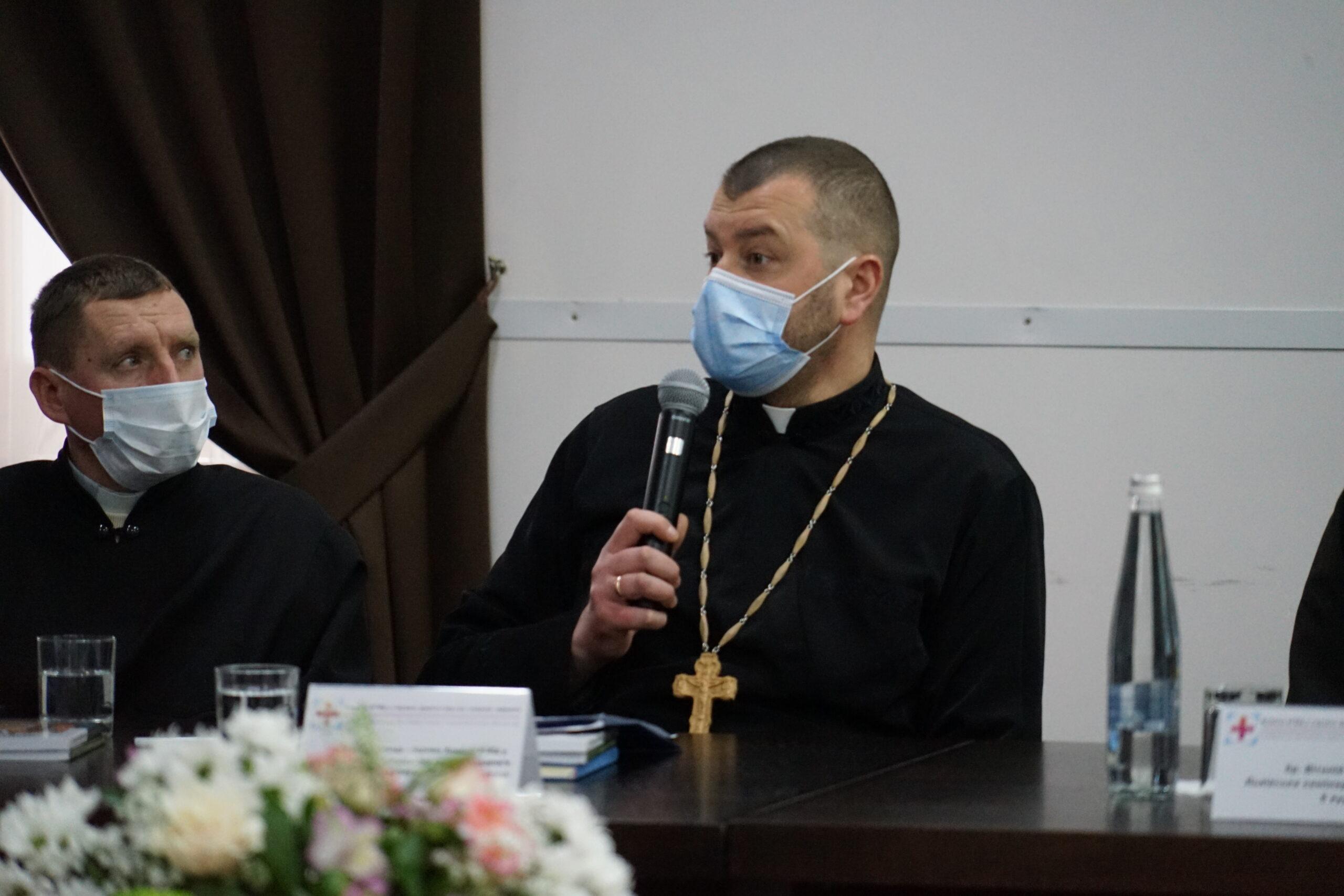 Перспективи розвитку медичного капеланства в Україні обговорили під час круглого столу у Львові_14
